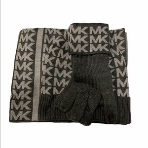 Michael Kors Hat, Gloves and Scarf set Grey
